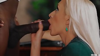 Domination Teen Black Blonde
