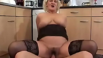 Unshaved Hardcore Blonde Blowjob